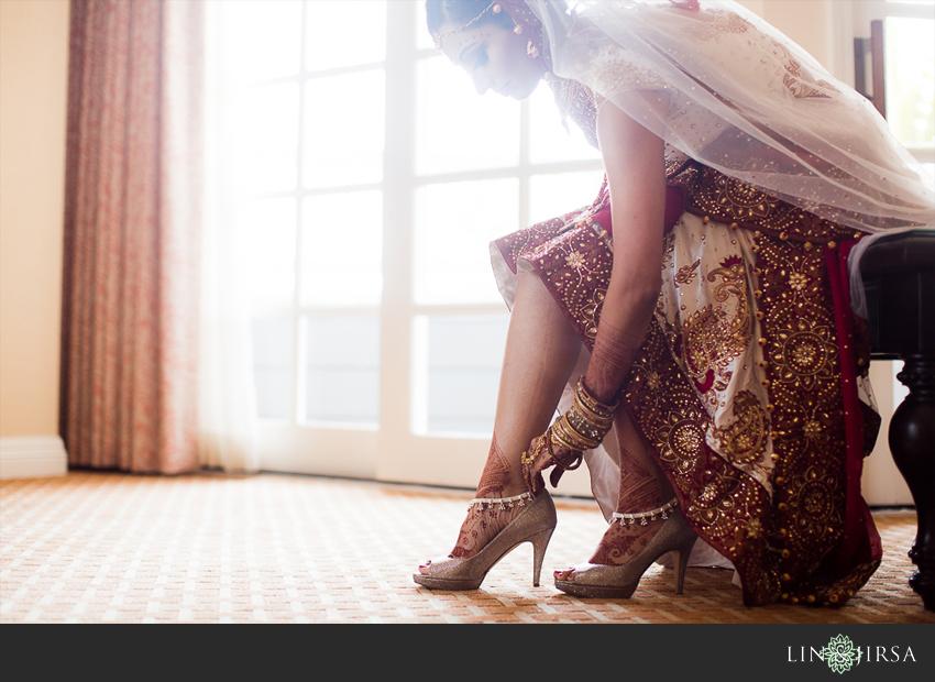 03-laguna-cliffs-marriott-dana-point-indian-wedding-photographer-bride-getting-ready