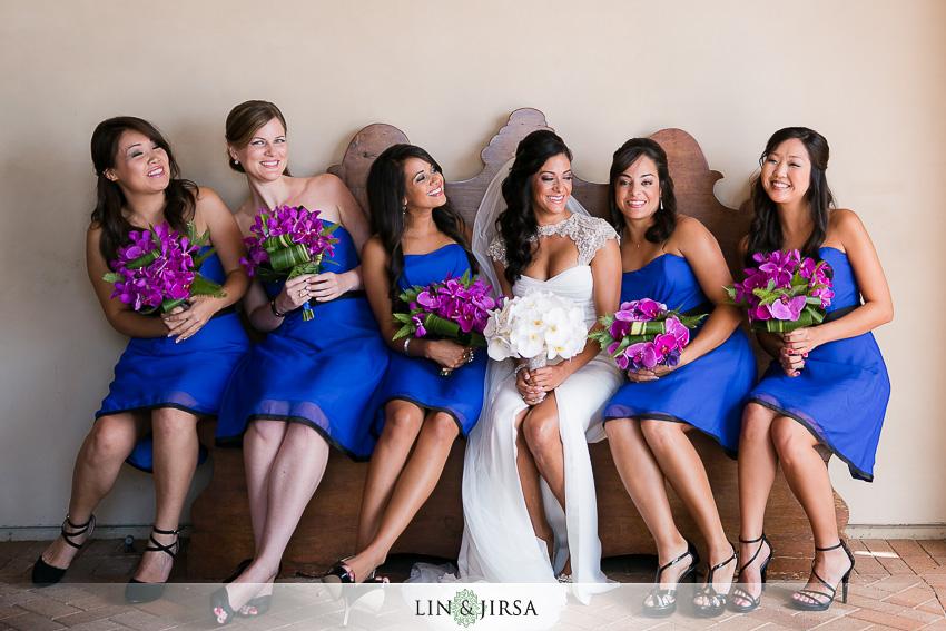 05-pelican-hill-wedding-photographer-bride-and-bridesmaids