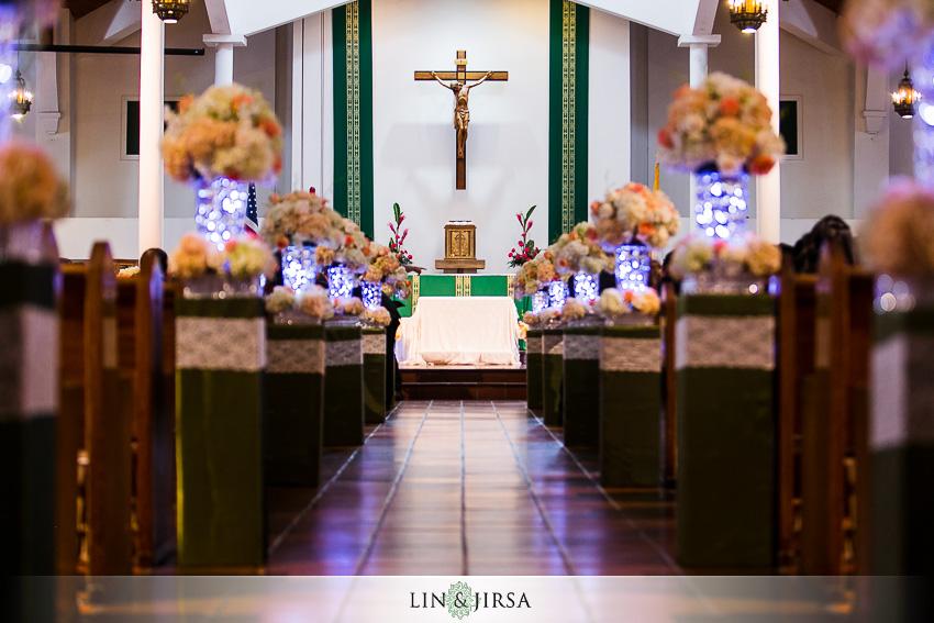 06-crowne-plaza-anaheim-wedding-photographer-wedding-church-detail-shots