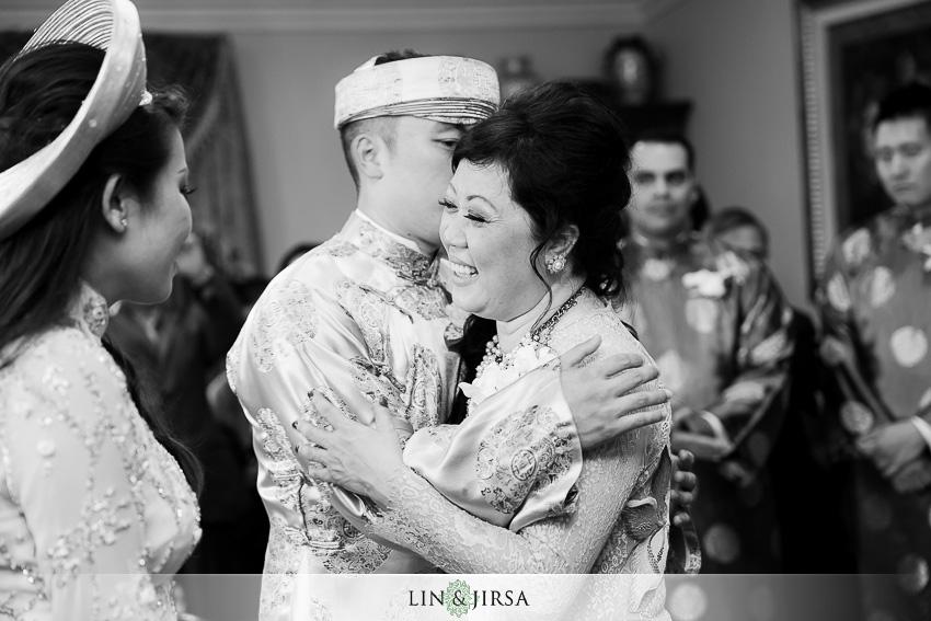 10-crowne-plaza-anaheim-wedding-photographer-ancestor-ceremony