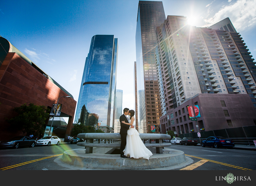 10-walt-disney-concert-hall-los-angeles-wedding-photographer-couple-session