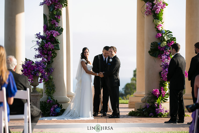 11-pelican-hill-wedding-photographer-wedding-ceremony