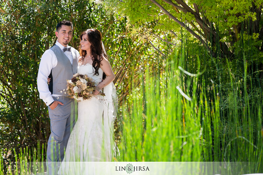 11-serendipity-garden-oak-glen-wedding-photographer