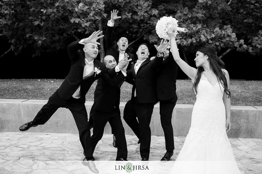 15-crowne-plaza-anaheim-wedding-photographer-fun-bouquet-toss-shot