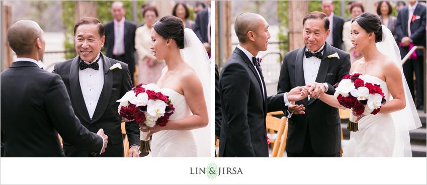 15-seven-degrees-laguna-beach-wedding-photographer-wedding-ceremony