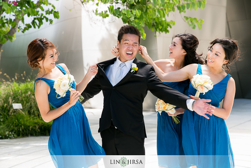 15-walt-disney-concert-hall-los-angeles-wedding-photographer-groom-and-bridesmaids