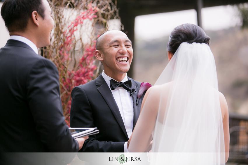 16-seven-degrees-laguna-beach-wedding-photographer-wedding-ceremony