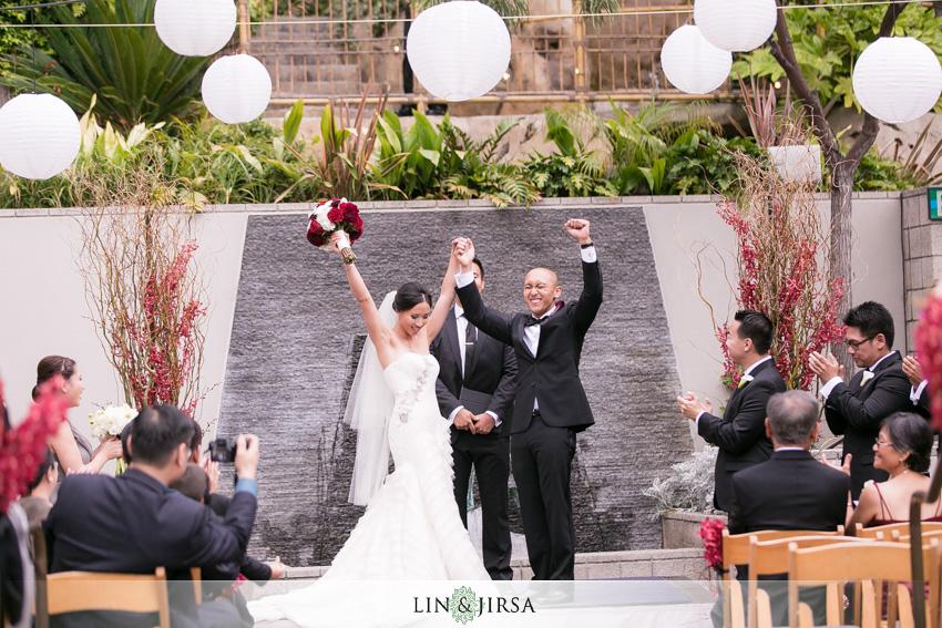 17 seven degrees laguna beach wedding photographer wedding ceremony - wedding venues in laguna beach