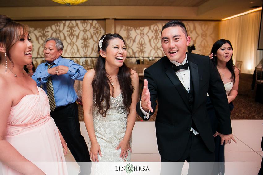 30-crowne-plaza-anaheim-wedding-photographer-wedding-reception-photos