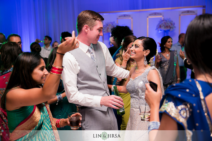 33-laguna-cliffs-marriott-dana-point-indian-wedding-photographer-indian-reception-photos
