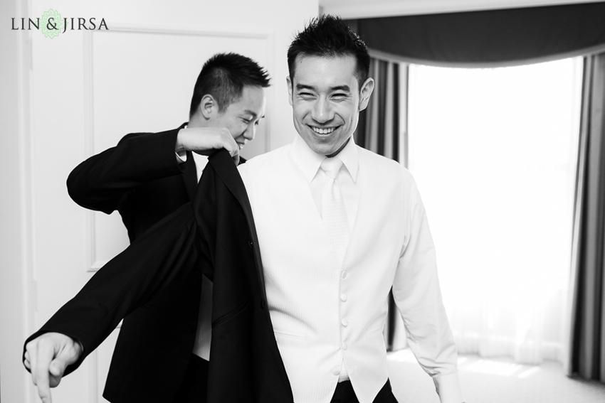03-the-langham-huntington-pasadena-wedding-photography-groom-getting-ready