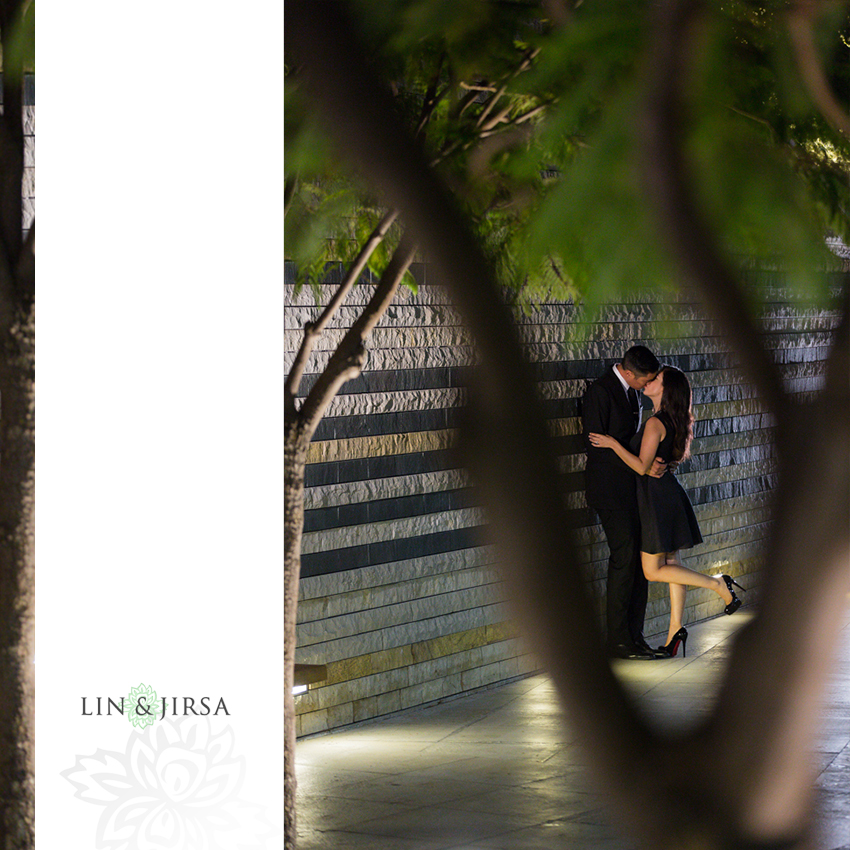 05-romantic-engagement-photography