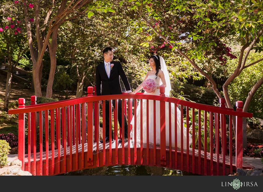 05-the-langham-huntington-pasadena-wedding-photography-bride-and-groom-portrait