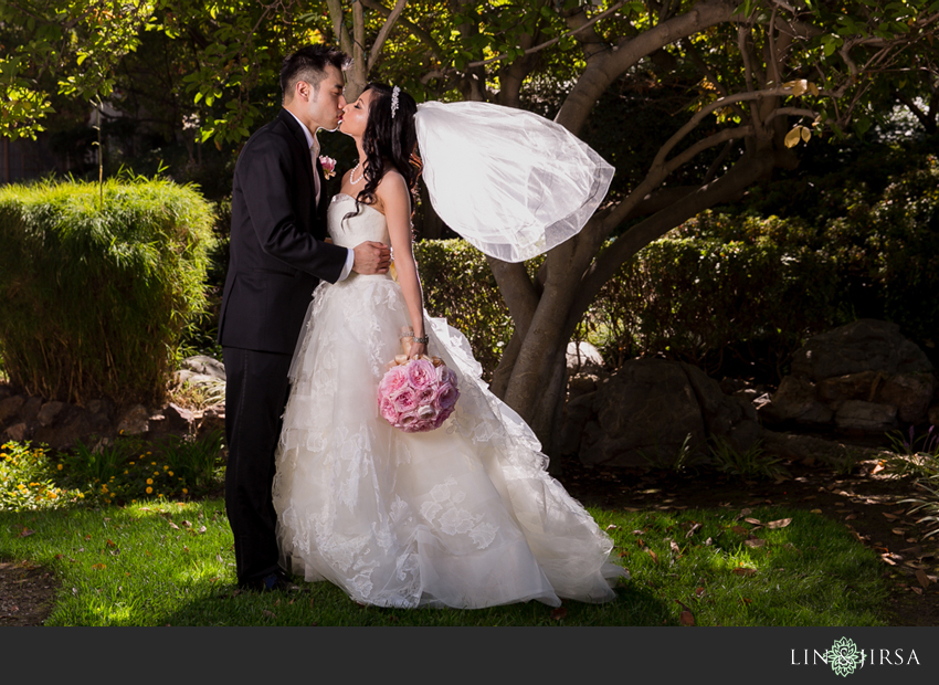 06-the-langham-huntington-pasadena-wedding-photography-bride-and-groom-portraits