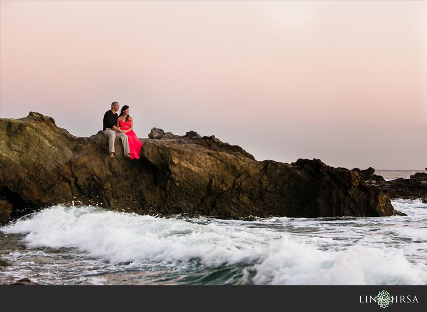 11-fun-sunset-orange-county-engagement-photos