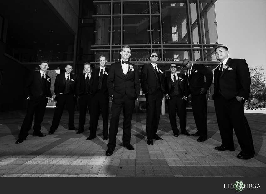 15-fairmont-newport-beach-hotel-wedding-photographer-groom-and-groomsmen-photos