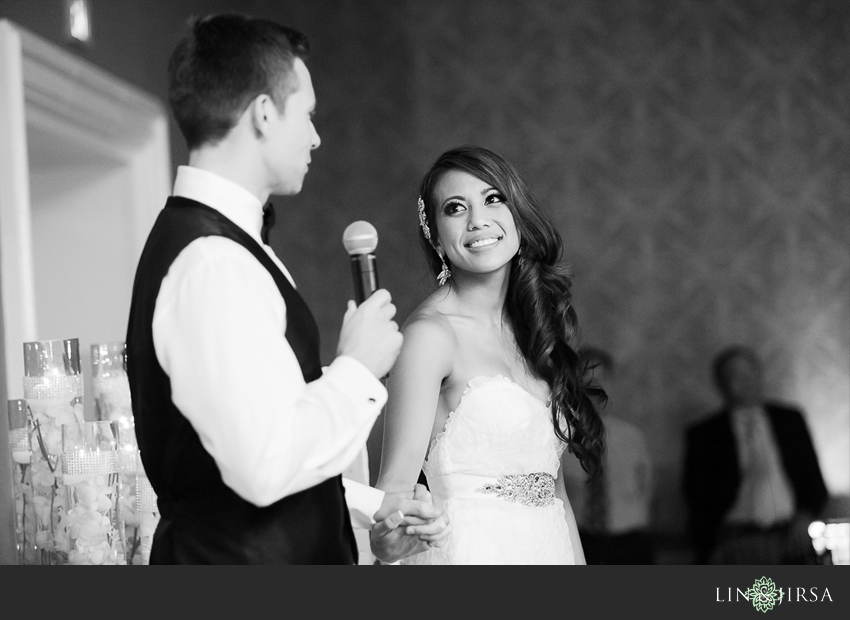 40-fairmont-newport-beach-hotel-wedding-photographer-bride-and-groom-thank-you-speech