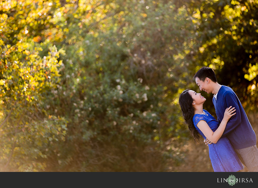 01-segerstrom-center-for-the-arts-costa-mesa-engagement-photographer