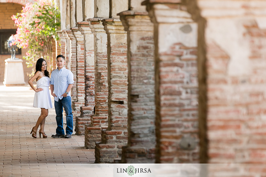 04-mission-san-juan-capistrano-engagement-photographer