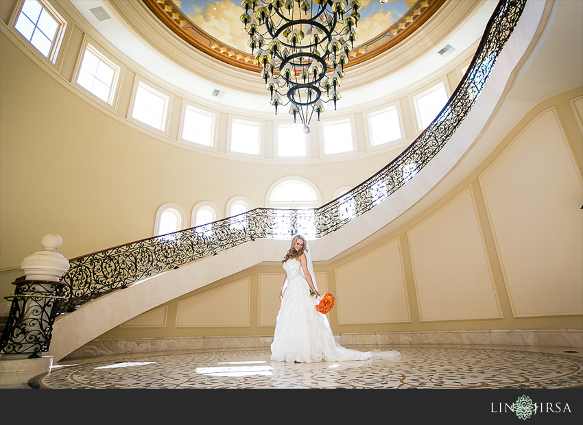 05-st-regis-laguna-beach-wedding-photographer-bride-wedding-portrait
