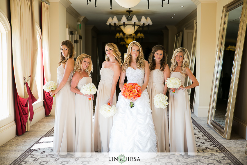 06-st-regis-laguna-beach-wedding-photographer-bride-and-bridesmaids