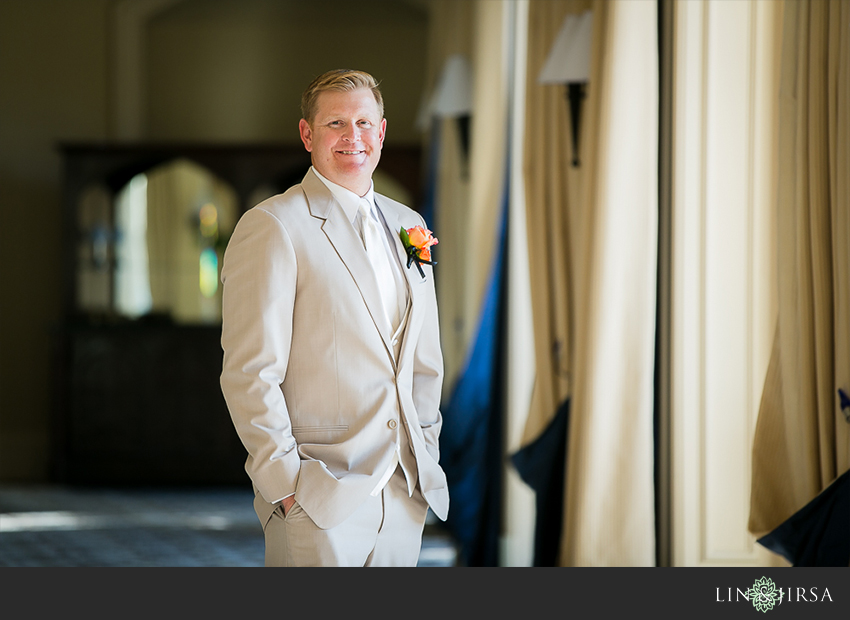08-st-regis-laguna-beach-wedding-photographer-groom-wedding-portrait