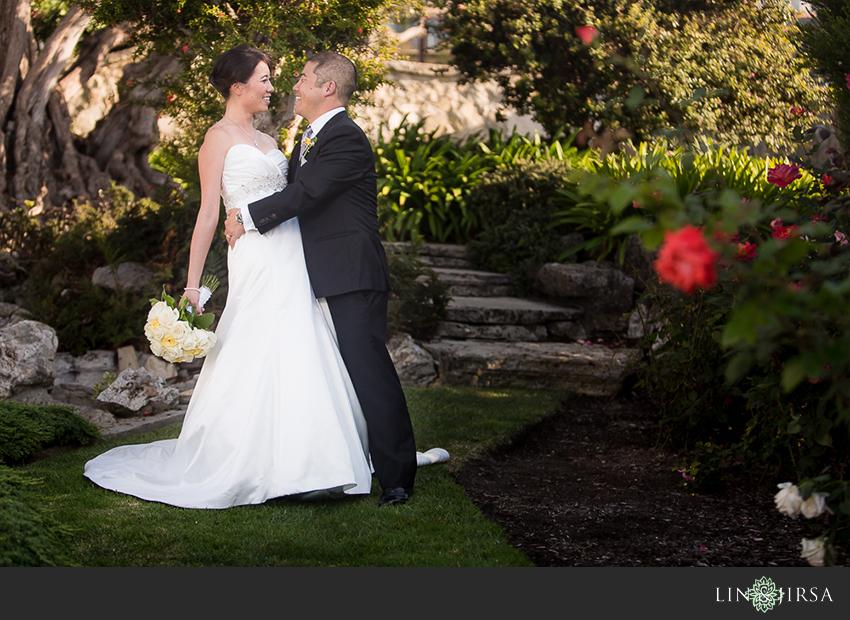 11-redondo-beach-historical-library-wedding-photographer