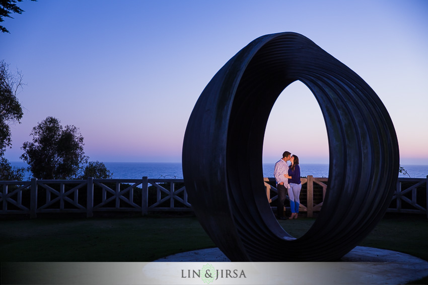 12-santa-monica-engagement-photography