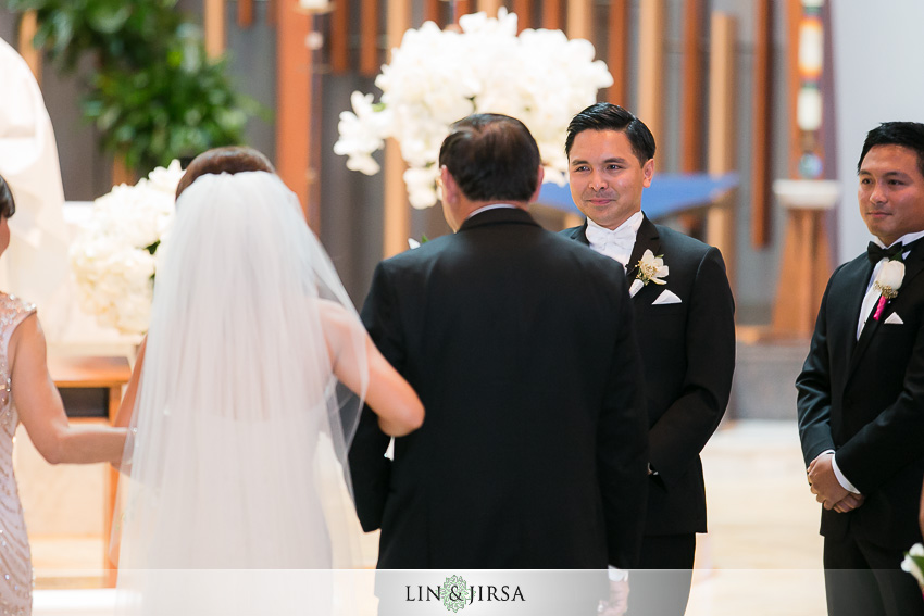 13-hyatt-regency-irvine-wedding-photographer-wedding-ceremony