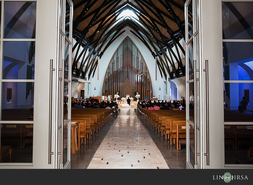 14-hyatt-regency-irvine-wedding-photographer-wedding-ceremony