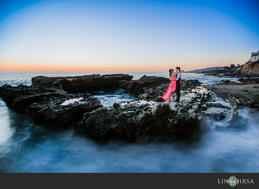14-victoria-beach-orange-county-engagement-photographer