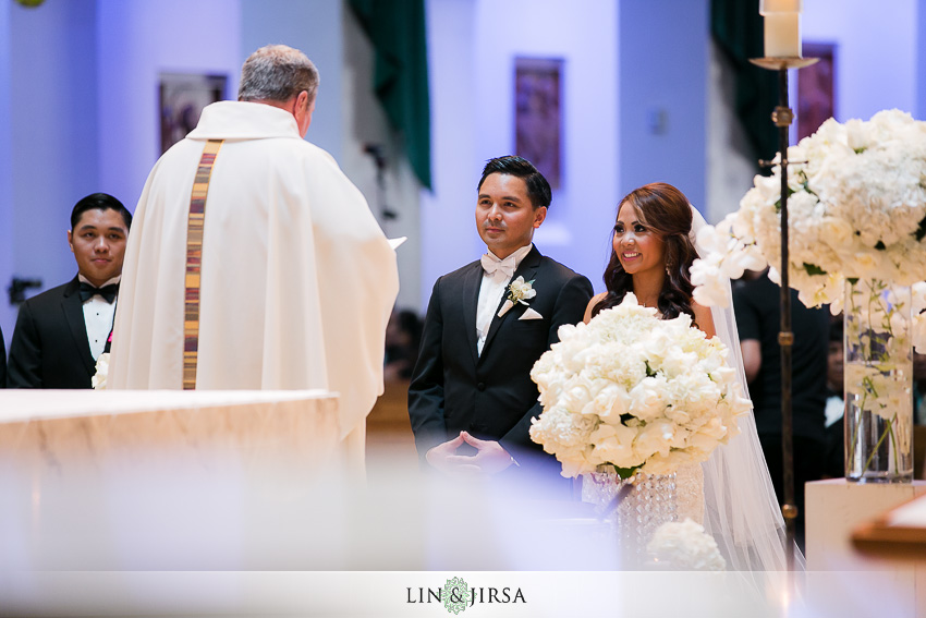 15-hyatt-regency-irvine-wedding-photographer-wedding-ceremony