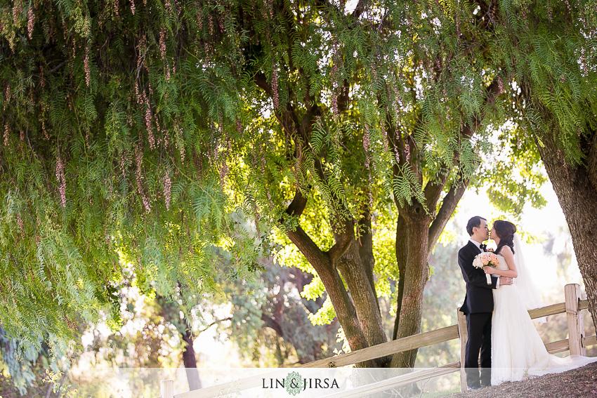 17-pacific-palms-resort-wedding-photographer-bride-and-groom-portraits