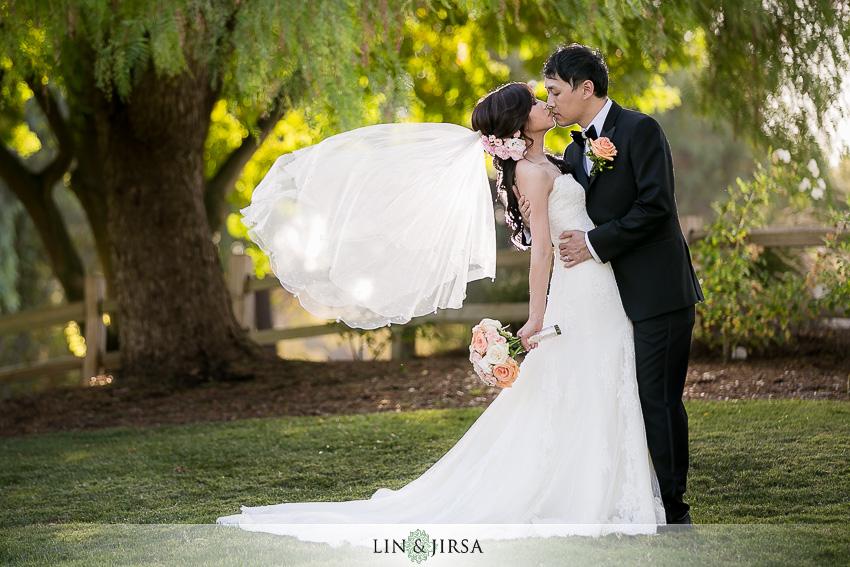 18-pacific-palms-resort-wedding-photographer-bride-and-groom-portraits