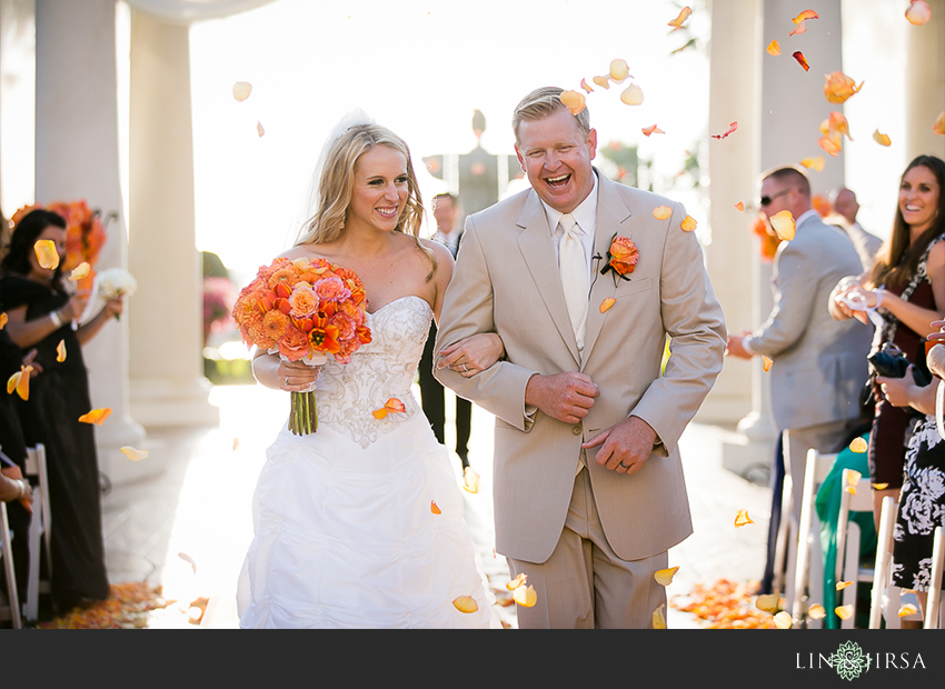 18-st-regis-laguna-beach-wedding-photographer-wedding-ceremony