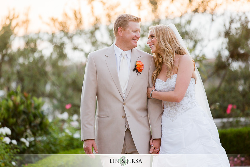 21-st-regis-laguna-beach-wedding-photographer-bride-and-groom-portrait
