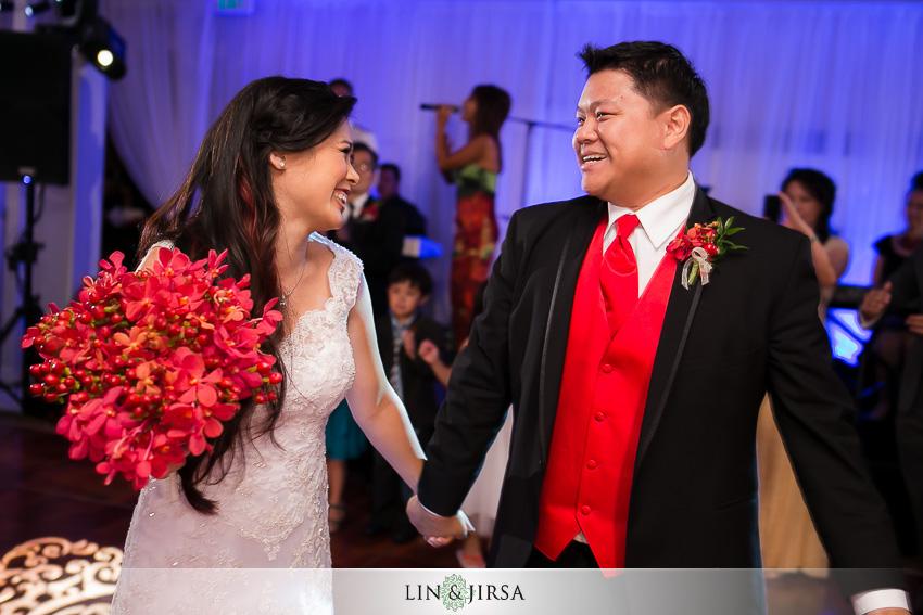 23-huntington-beach-hyatt-wedding-photography-bride-and-groom-grand-entrance-photos
