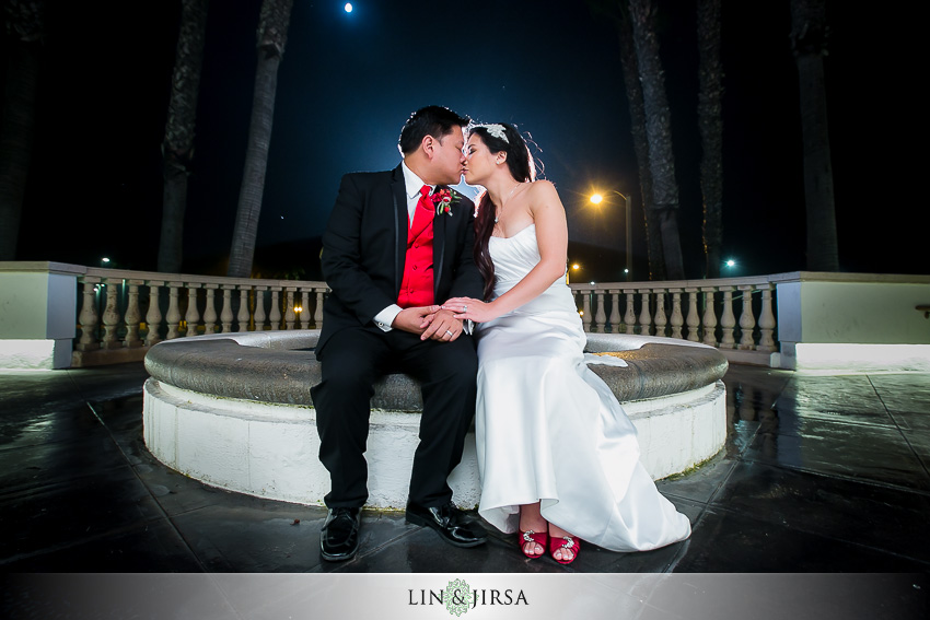 30-huntington-beach-hyatt-wedding-photography-bride-and-groom-portraits
