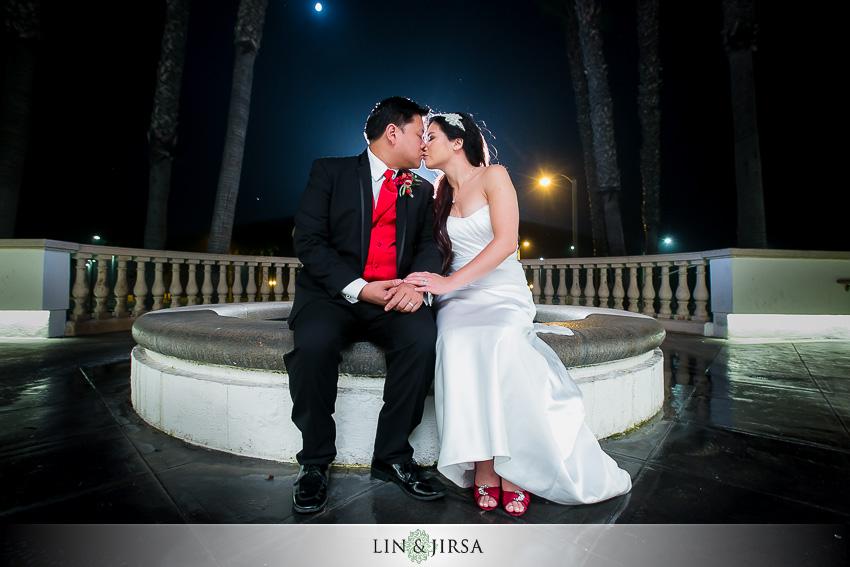 30-huntington-beach-hyatt-wedding-photography-bride-and-groom-portraits