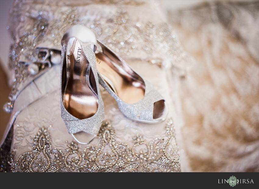 02-hilton-irvine-wedding-photographer-bride-wedding-shoes