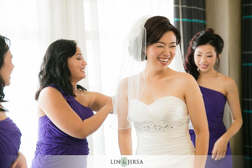 03-hakone-estate-and-gardens-saratoga-wedding-photographer-bride-getting-ready