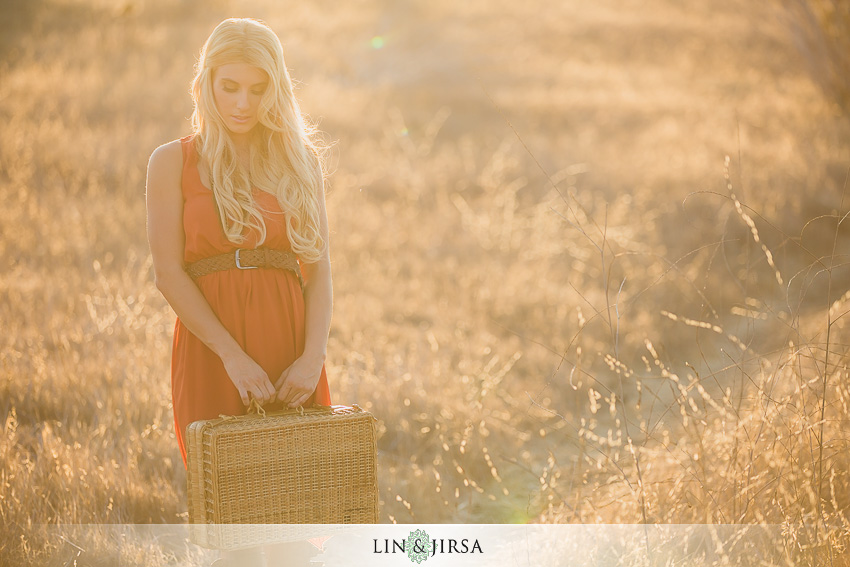 06-concept-vintage-field-fashion-shoot-photographer