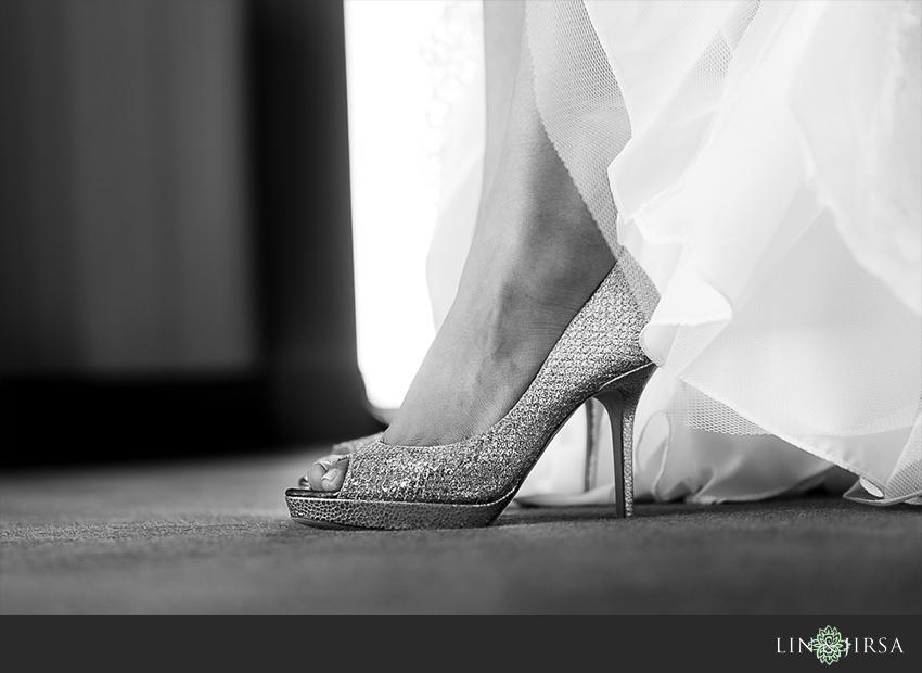 06-manchester-grand-hyatt-san-diego-wedding-photographer-bride-shoes