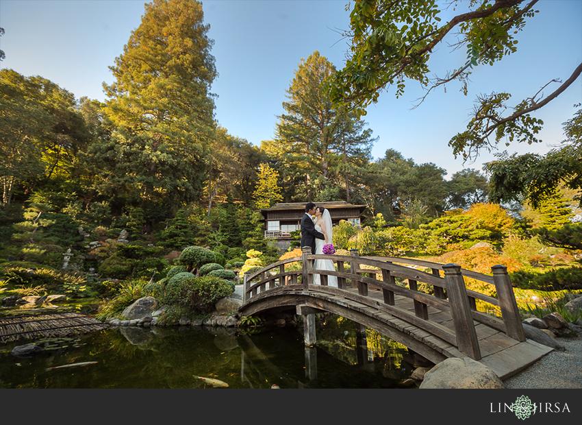 08-hakone-estate-and-gardens-saratoga-wedding-photographer-beautiful-outdoor-wedding-pictures