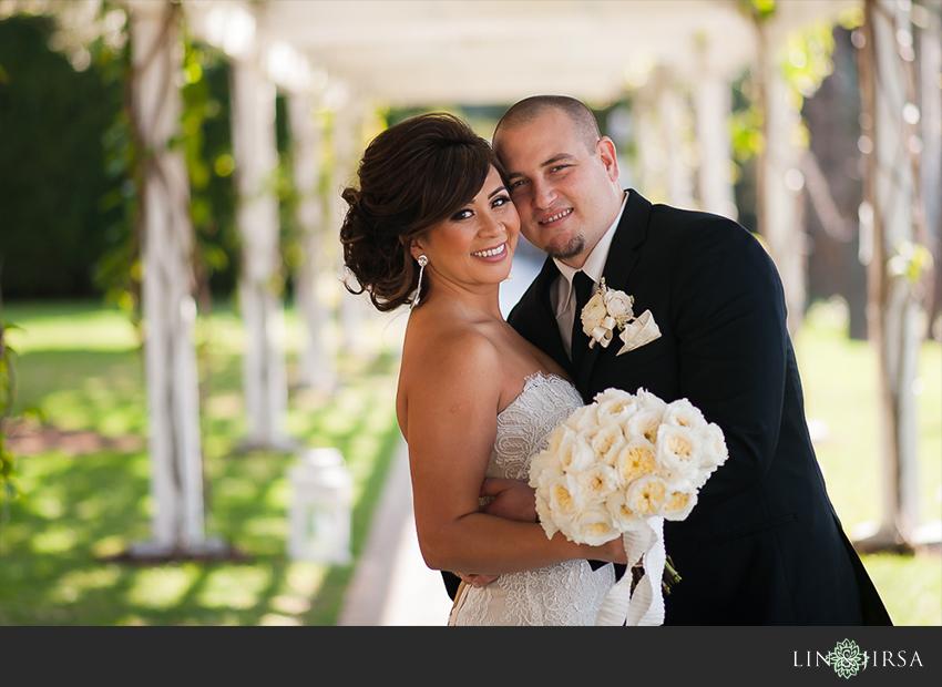 09-seven-degrees-laguna-beach-wedding-photographer-bride-and-groom-wedding-portrait