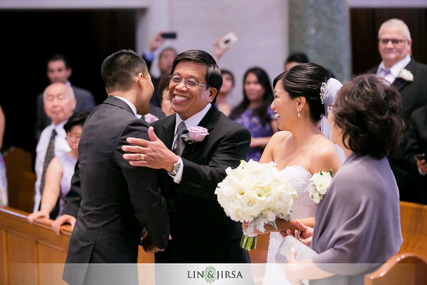 11-manchester-grand-hyatt-san-diego-wedding-photographer-wedding-ceremony