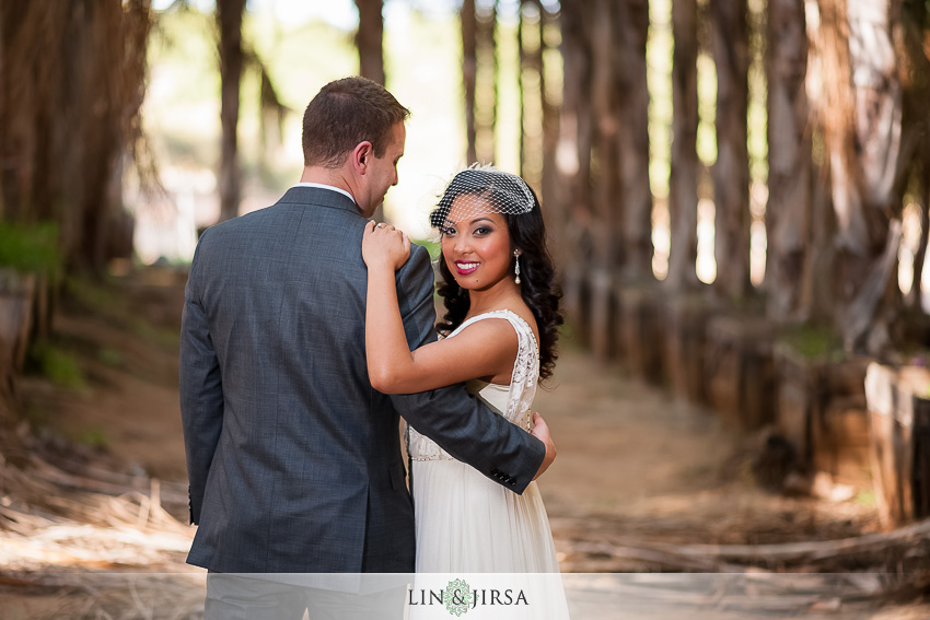 12-chateau-palmier-estate-fallbrook-wedding-photographer-bride-and-groom-wedding-portrait