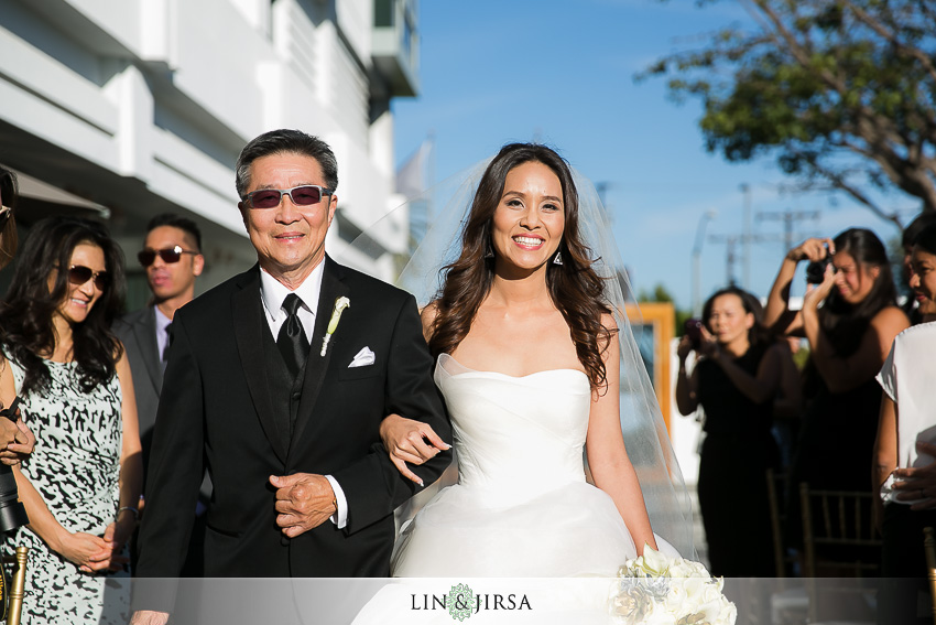 14-sls-beverly-hills-wedding-photographer-wedding-ceremony