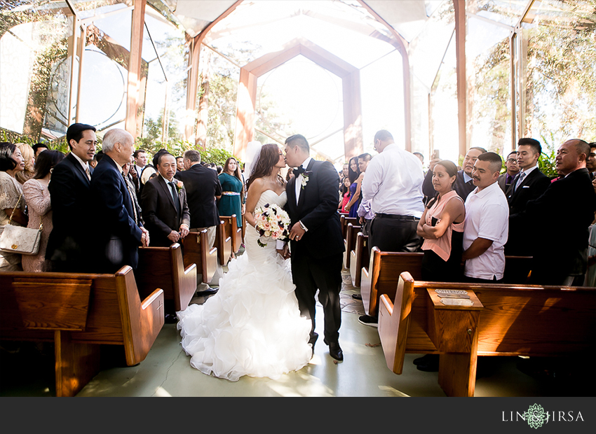 14-wayfarers-chapel-wedding-photographer