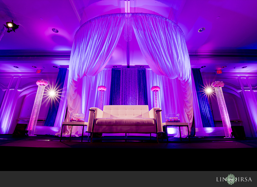 16-hilton-irvine-wedding-photographer-wedding-reception-decor